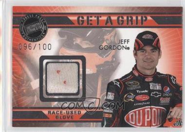 2009 Press Pass VIP - Get a Grip Gloves #GG-JG - Jeff Gordon /100