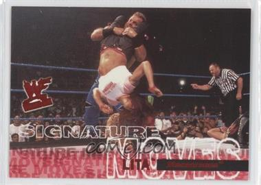 2001 Fleer WWF Wrestlemania Signature Moves #15 SM - Lita