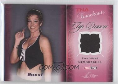 2009 TRISTAR TNA Wrestling Knockouts - Top Drawer Memorabilia - Pink #TD-6 - Roxxi Laveaux /10