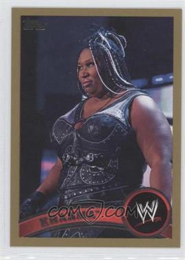 2011 Topps WWE Gold #15 - Kharma /50