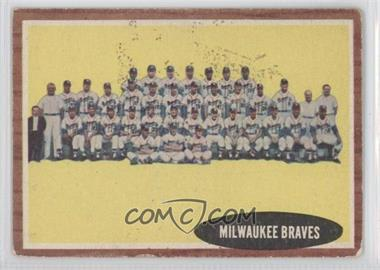 1962 Topps - [Base] #158.1 - Milwaukee Braves Team