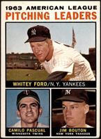 Whitey Ford, Camilo Pascual, Jim Bouton (Apostrophe after Pitching on Back) [VG]