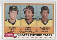 Vance Law, Tony Pena, Pascual Perez [Good to VG‑EX]