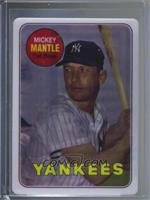 Mickey Mantle (Serial Number on Bottom Right) [Noted] #/2,401