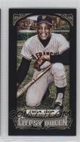 Willie Mays (Kneeling w/Bat) /199