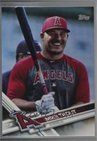 Update SP Variation - Mike Trout (Holding Bat)