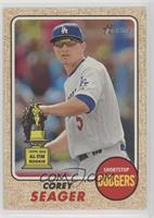 High Number SP - Corey Seager (Action Image Variation)