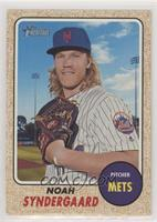 High Number SP - Noah Syndergaard (Glove at Chest)
