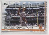 SP Photo Variation - Amed Rosario (Horizontal, Pointing Up)