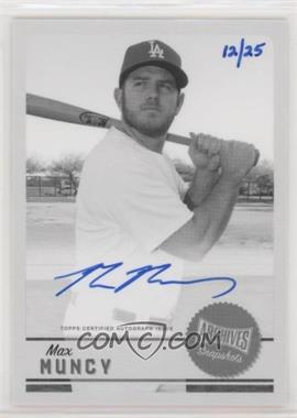 2019 Topps Archives Snapshots - Autographs - Black & White #AS-MMU - Max Muncy /25