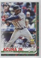 SP Variation - Ronald Acuna Jr. (Candy Cane Bat)