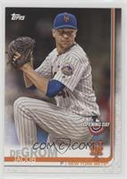 Jacob deGrom (Pitching, Pinstriped Jersey)
