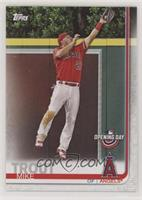 Mike Trout (Leaping Catch)