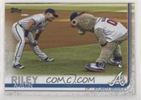 SSP Photo Variation - Austin Riley (With Mascot)