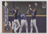Checklist - Roll Out The Barrel (Brewers Outfield Celebrates) #/2,020
