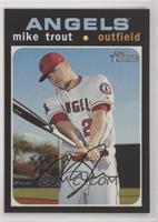 Short Print - Mike Trout (Base)