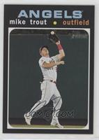 Action Variation - Mike Trout