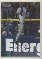 Base - Ken Griffey Jr. (Leaping Catch)