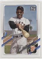 SP Legend Variation - Willie Mays (Posing with Bat in Hand)