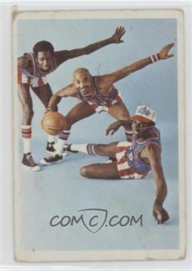 1972 Fleer Harlem Globetrotters - [Base] #70 - Meadowlark is Safe at the Plate!