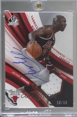 2004-05 SP Authentic - Autographed Authentic Fabrics #AAF-MJ - Michael Jordan /50