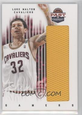 2011-12 Past & Present - Gamers Materials #55 - Luke Walton