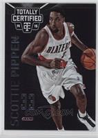 Scottie Pippen (white jersey) #/49