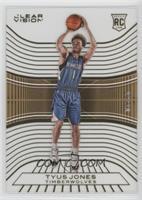 Rookies - Tyus Jones #/10