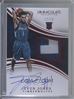 Rookie Patch Autographs - Tyus Jones #/25