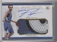 Rookie Patch Autographs - Tyus Jones [Near Mint‑Mint] #/99