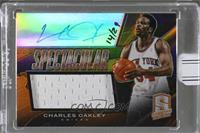 Charles Oakley (2013-14 Panini Spectra Spectacular Swatch Signatures Orange) [B…