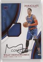 Rookie Patch Autographs - Willy Hernangomez #/25