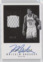 Rookie Patch Autographs Black and White - Malcolm Brogdon #/99