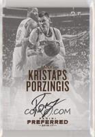 Autographs - Kristaps Porzingis #/35