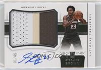 Rookie Patch Autographs Horizontal - Sterling Brown /49