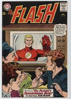 The Flash's Sensational Risk! [Readable (GD‑FN)]
