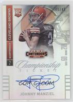 Johnny Manziel (throwing, looking to left side of card) /49
