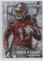 Mike Evans (Running with Ball in Left Hand, Looking Right) /99