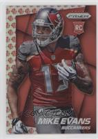 Mike Evans (Running with Ball in Left Hand, Looking Right) /75