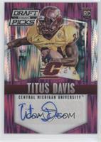 Titus Davis #/99