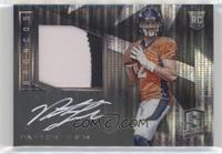 Rookie Patch Autographs - Paxton Lynch #/5