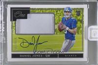 Rookie Patch Autographs - Daniel Jones [Uncirculated] #/125