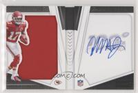 Rookie Playbook Jersey Autographs - Mecole Hardman Jr. #/125