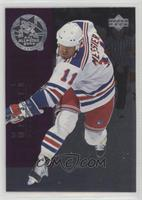 Mark Messier, Doug Weight