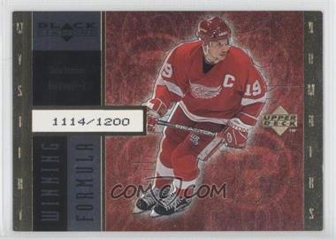 1998-99 Upper Deck Black Diamond - Winning Formula - Gold #WF11 - Steve Yzerman /1200