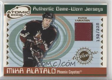 2001-02 Pacific Atomic - Game-Worn Jerseys - Patch #42 - Mika Alatalo /228