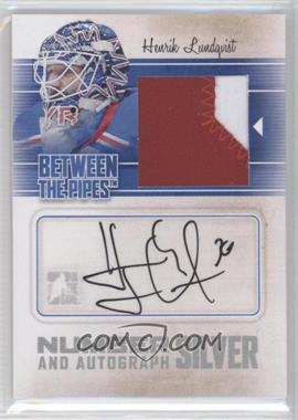 2010-11 In the Game Between the Pipes - Number and Autograph - Silver #MA-HL - Henrik Lundqvist