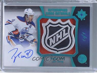 2015-16 Upper Deck Ultimate Collection - Autographed Jumbo Materials - Spectrum Blue #AJM-TH - Taylor Hall /1