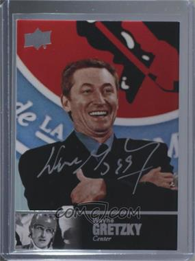 2017-18 Ultimate Collection - Ultimate Legends HOF #LHOF-WG - Wayne Gretzky [Mint or Better]