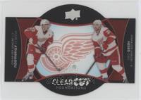 Andreas Athanasiou, Mike Green #/25